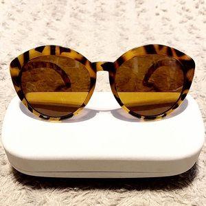 A.J. Morgan Greta sunglasses paid $48 Like New!